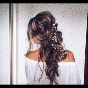Wedding Hair Accessory Ulyana Aster Hairpiece